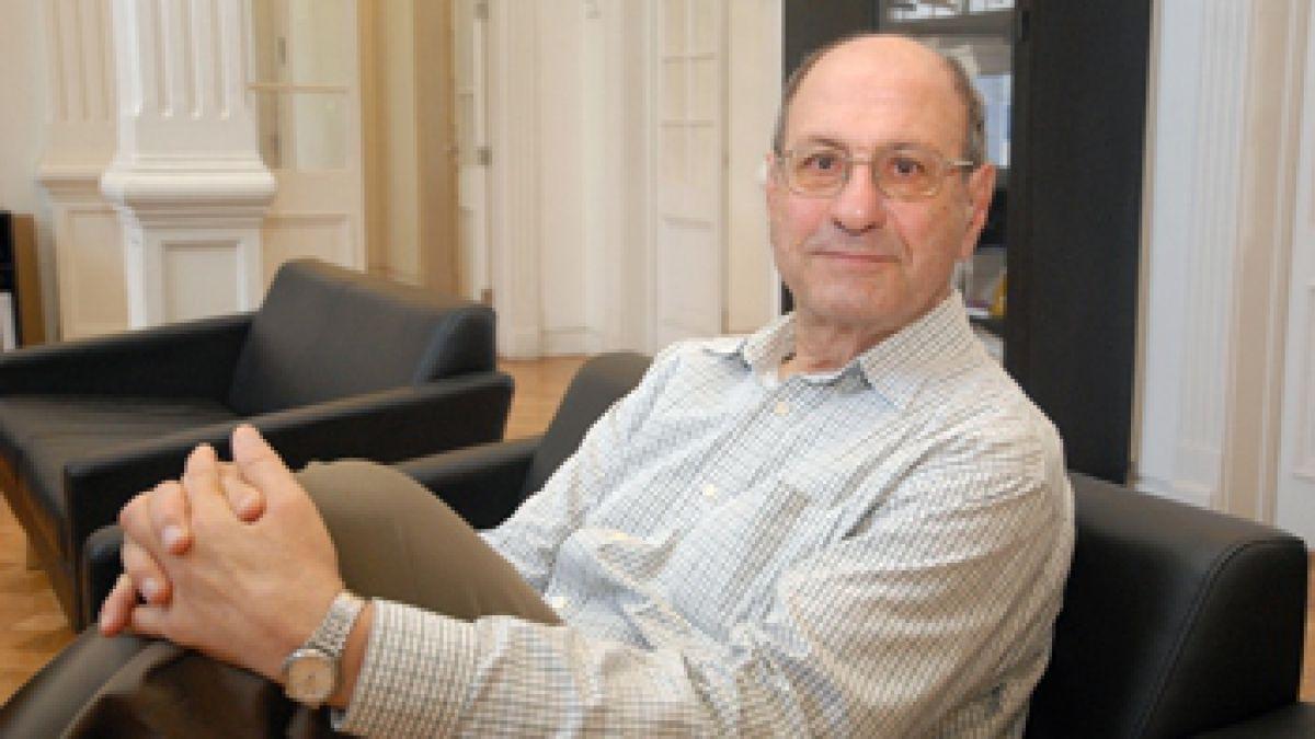 José Zalaquett deja el Centro Estudios Públicos y emplaza a Matte a renunciar