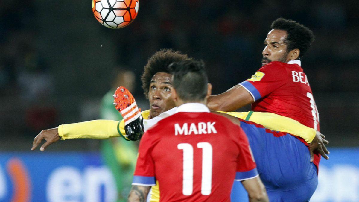 Solo cuatro jugadores locales completan nómina para duelos ante Colombia y Uruguay