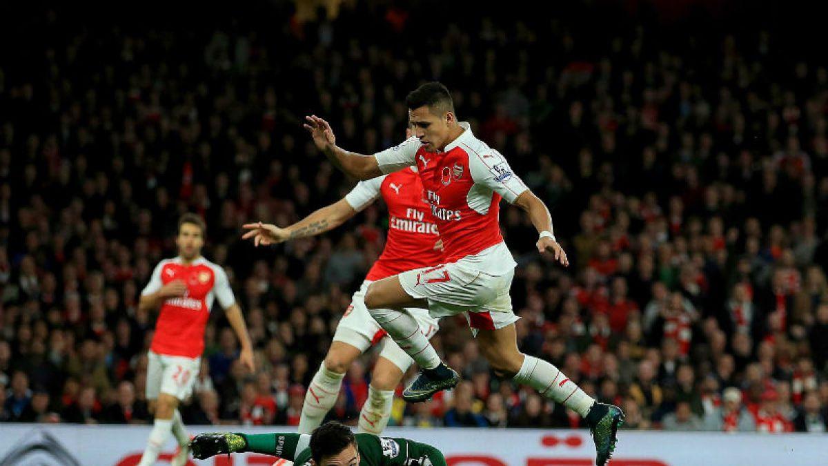 Arsenal sucumbe ante Chelsea y se aleja del liderato de la Premier