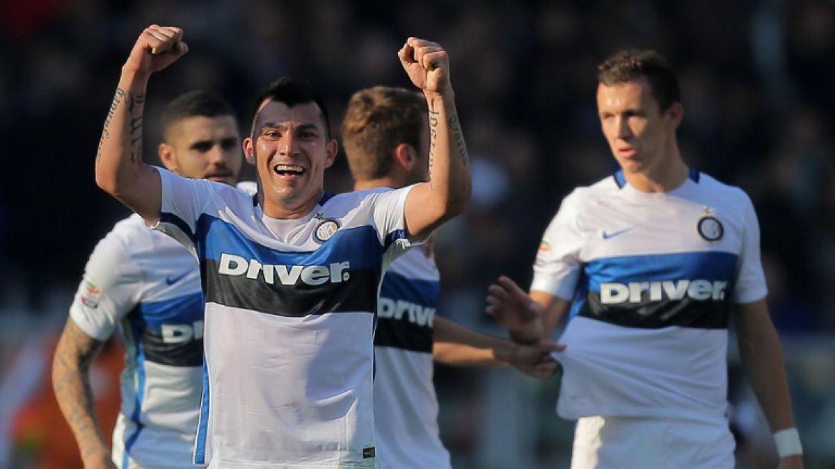 El inter de Medel es puntero y la Fiorentina de Fernández lo escolta