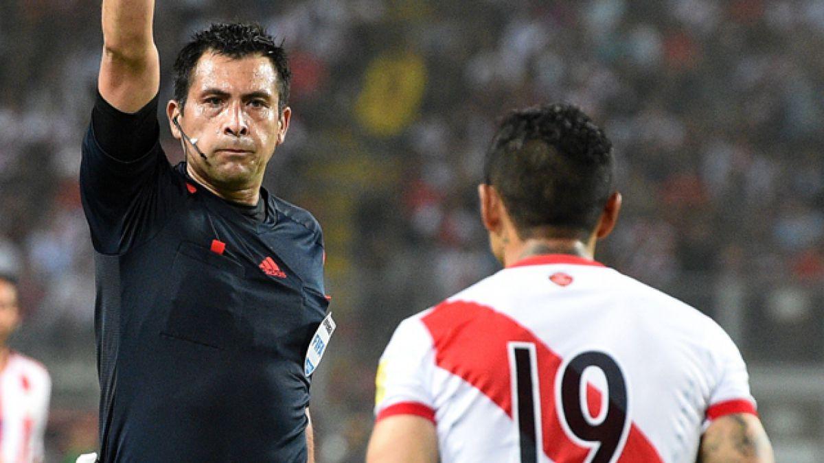 """En Paraguay afirman que """"con Julio Bascuñán, Perú jugó con 12 hombres"""""""