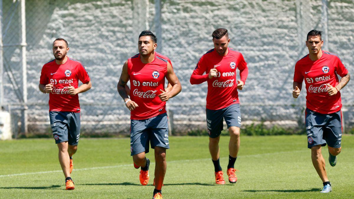 """[FOTOS] Así trabaja la """"Roja"""" en Pinto Durán pensando en el duelo ante Uruguay"""