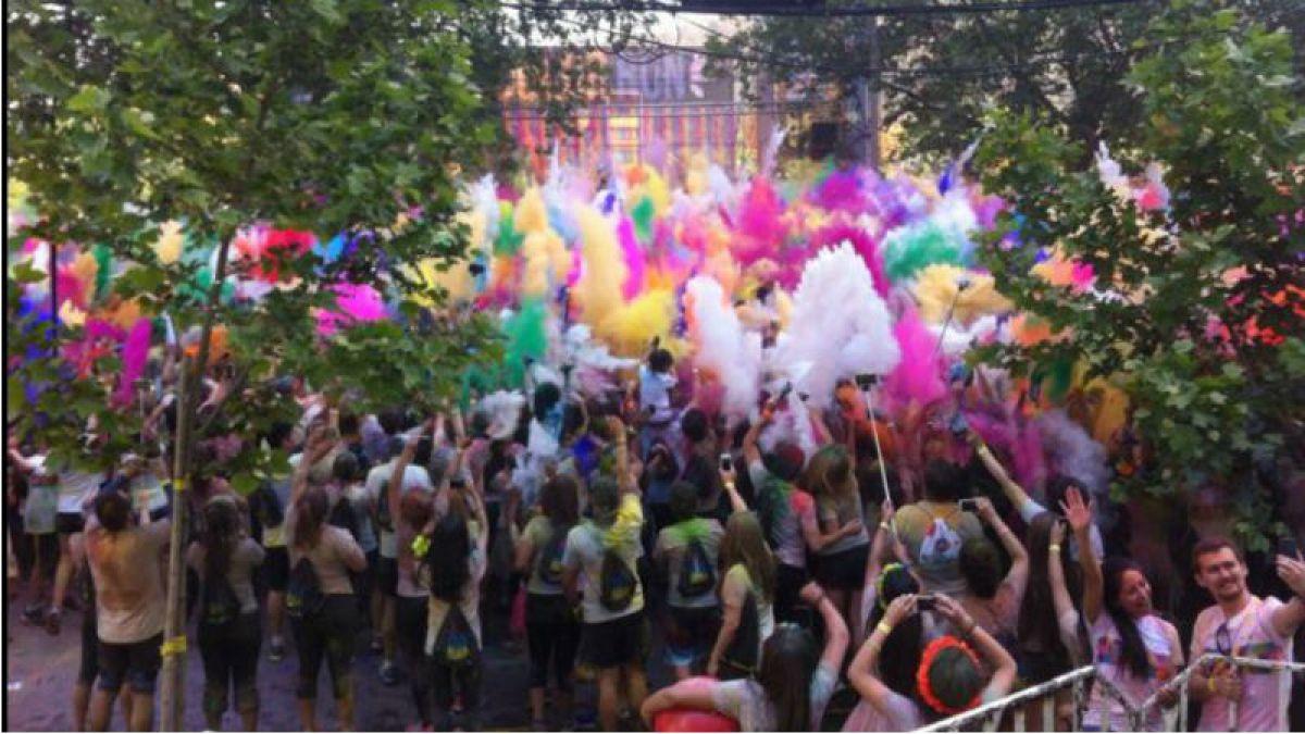 [VIDEO] Así se vivió una nueva edición de la corrida The Color Run en Santiago