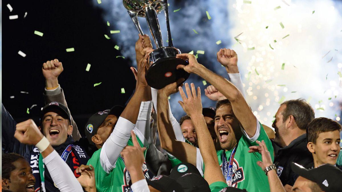 [VIDEO] Adiós crack: Raúl se despide del fútbol con título de campeón con el Cosmos