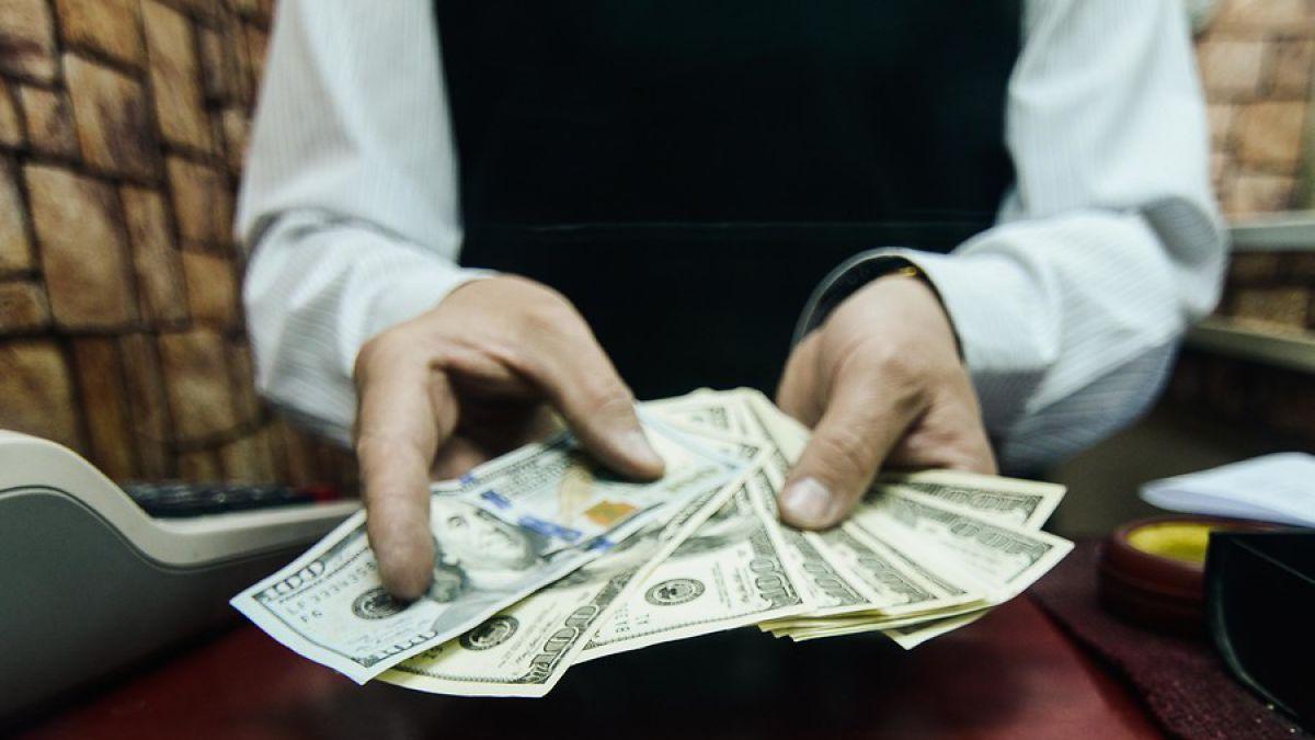 Dolar llega a su nivel más alto en los últimos 12 años