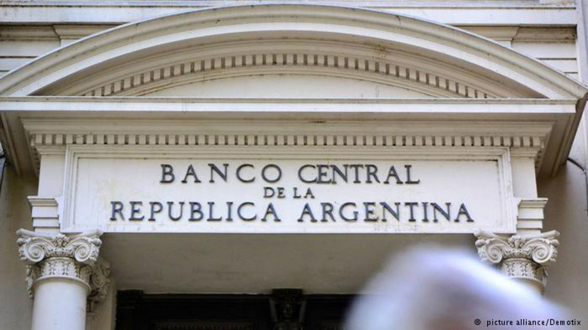 Allanan Banco Central de Argentina por presunto fraude