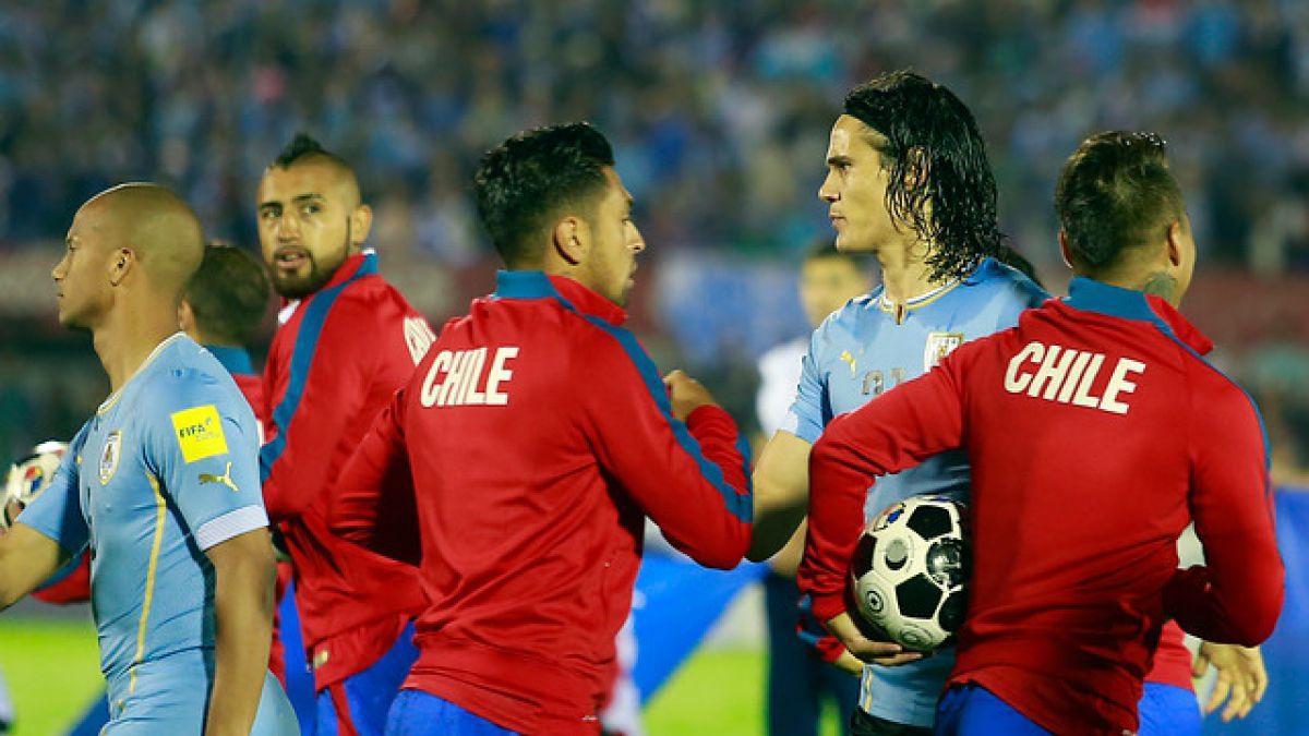 [FOTOS] Así fue el saludo entre Gonzalo Jara y Edinson Cavani
