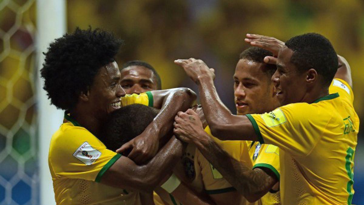 Brasil derrota a Perú y escala al tercer lugar de las Clasificatorias