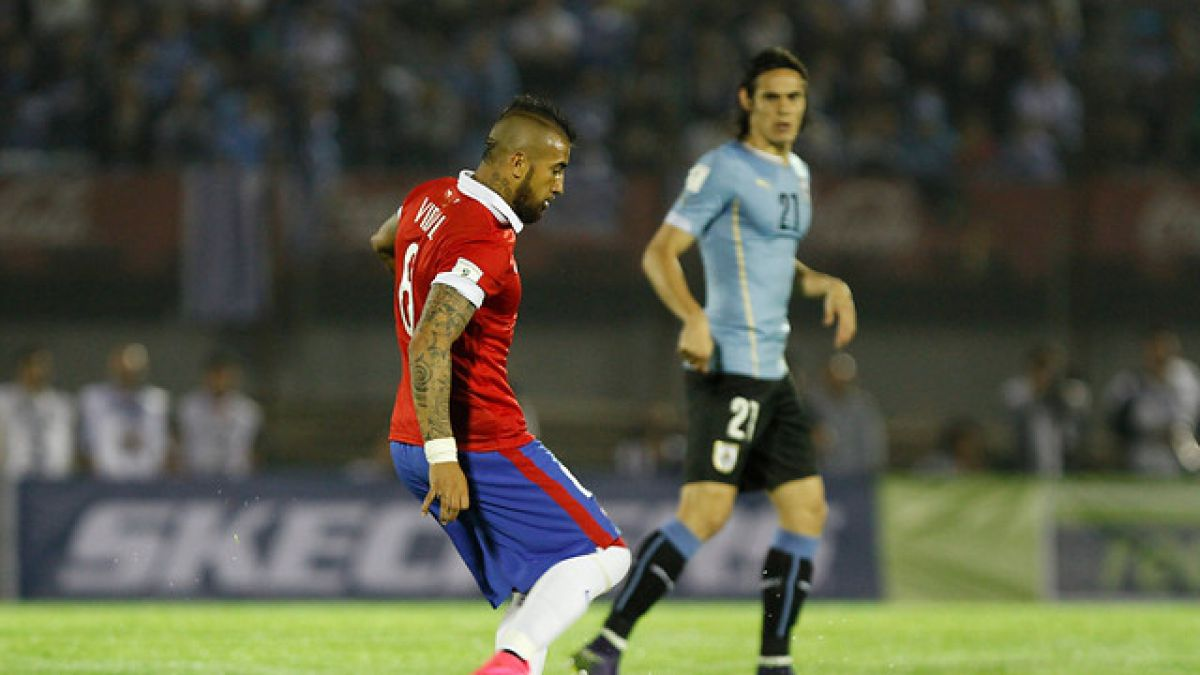 """Vidal dice que Chile perdió con """"equipo inferior"""" y apuesta por continuidad de Sampaoli"""