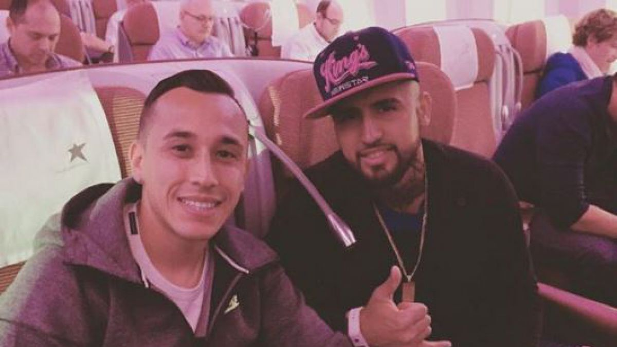 [FOTO] Arturo Vidal regresa a Europa junto a Fabián Orellana
