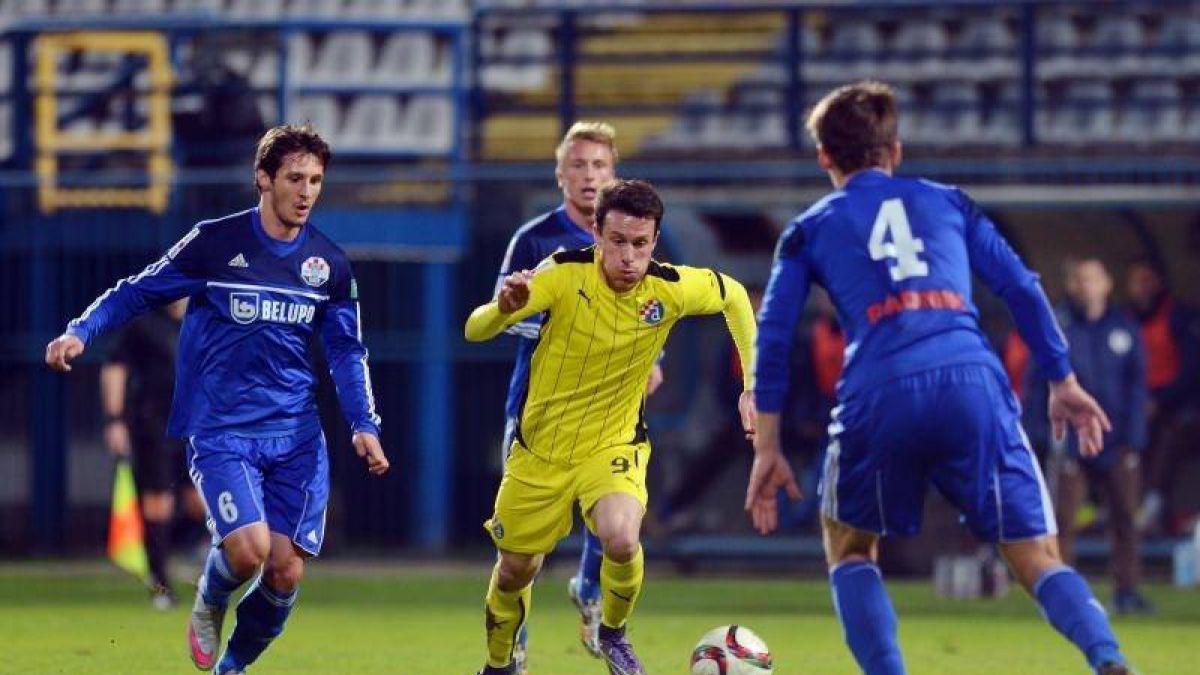 [VIDEO] Con un golazo Ángelo Henríquez le dio triunfo al Dinamo Zagreb