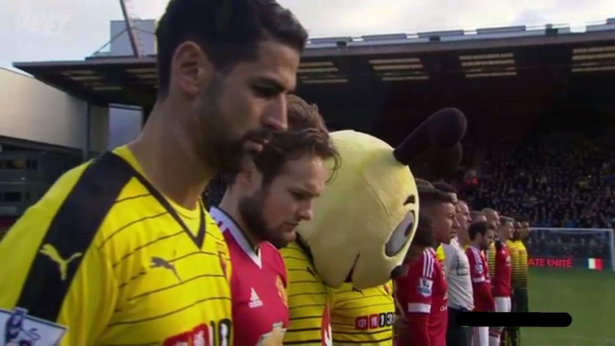 La Marsellesa sonó antes del partido inaugural de la jornada en Inglaterra