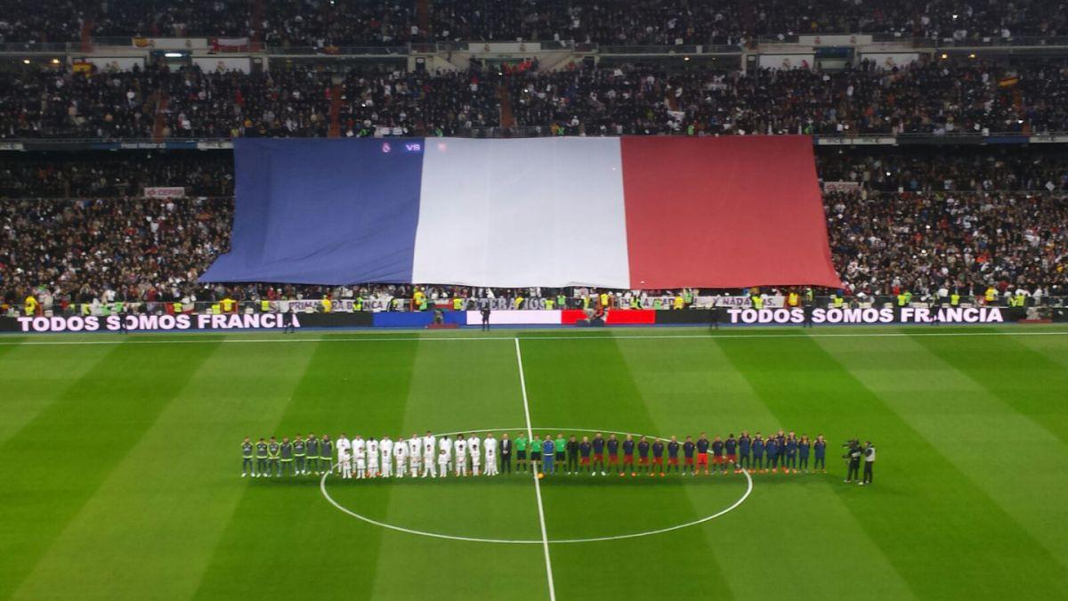 Minuto de silencio y Marsellesa antes del Clásico por víctimas de París