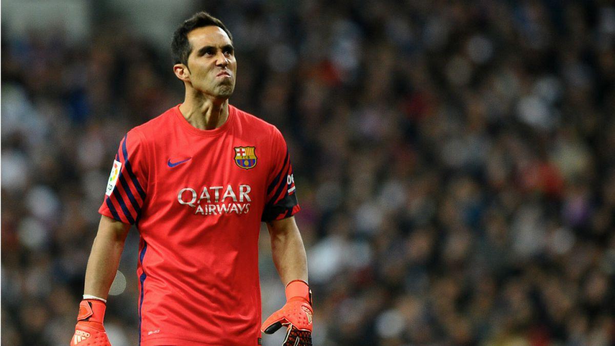 Barcelona con Bravo como titular empata con Valencia y deja dos puntos en la Liga Española