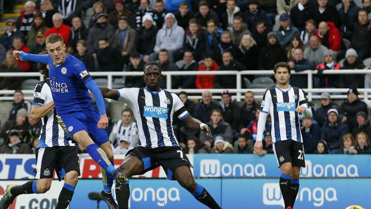 El delantero abrió la cuenta en la fácil victoria 0-3 de Leicester sobre Newcastle. Fue su décimo partido consecutivo marcando.