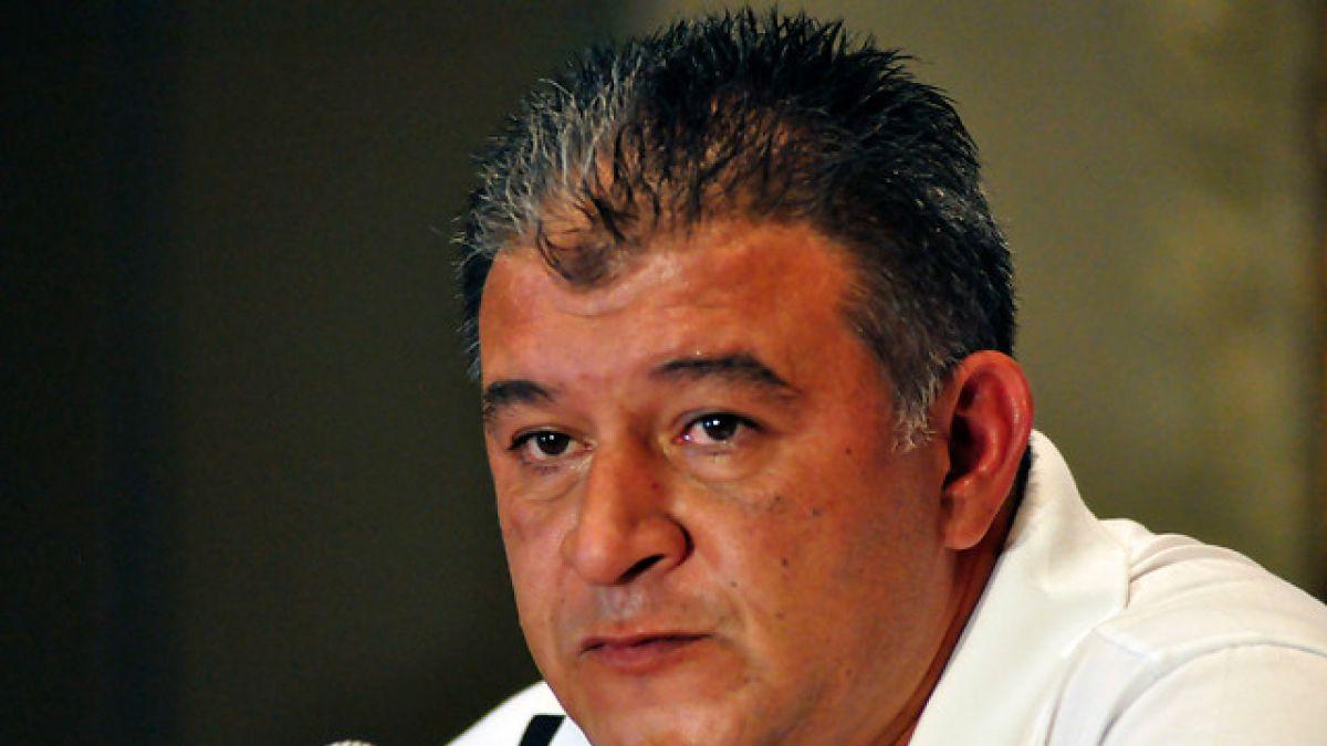 Claudio Borghi alaba a Sampaoli y aborda con ironía el caso Jadue
