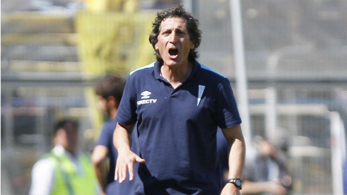 Mario Salas tras victoria ante San Luis: Católica va a dar la pelea hasta el final