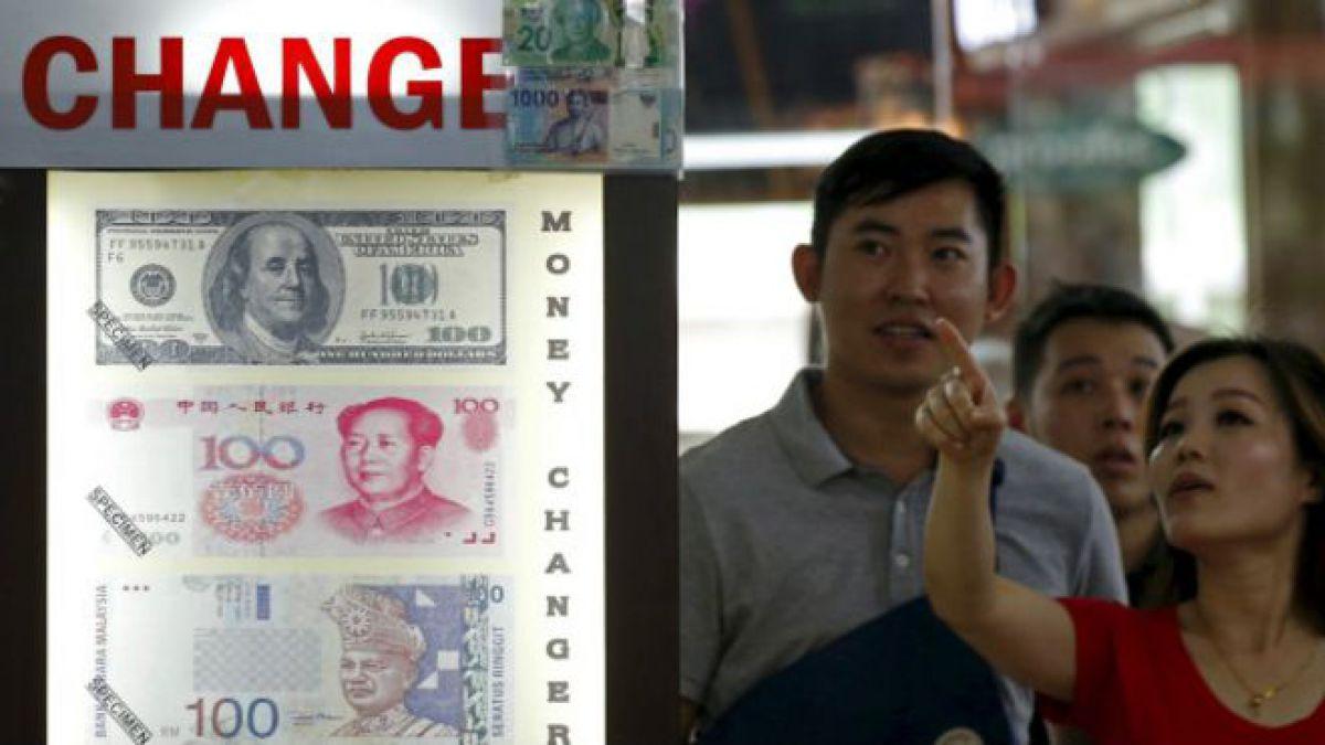 ¿Deberías empezar a comprar yuanes chinos?