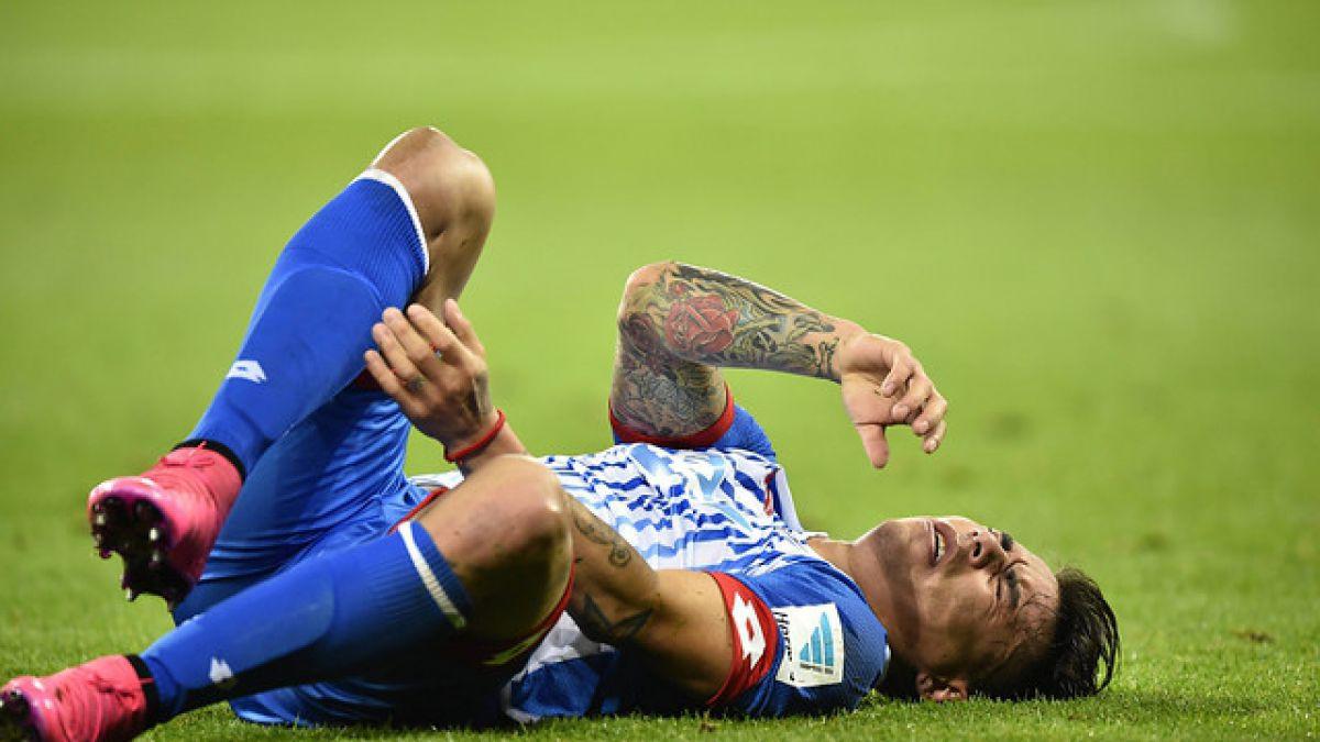 """Eduardo Vargas """"enciende alarmas"""" en Hoffenheim por molestias en la cadera"""