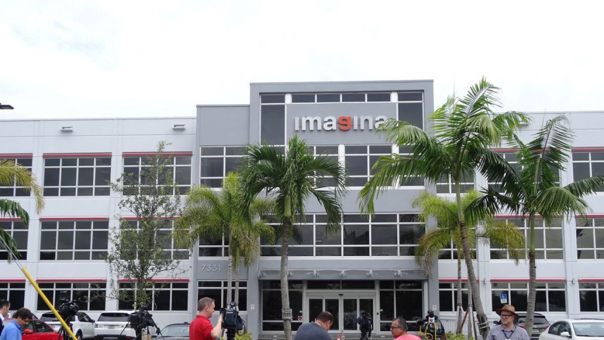 FBI allana oficina de empresa en Miami en conexión con caso FIFA