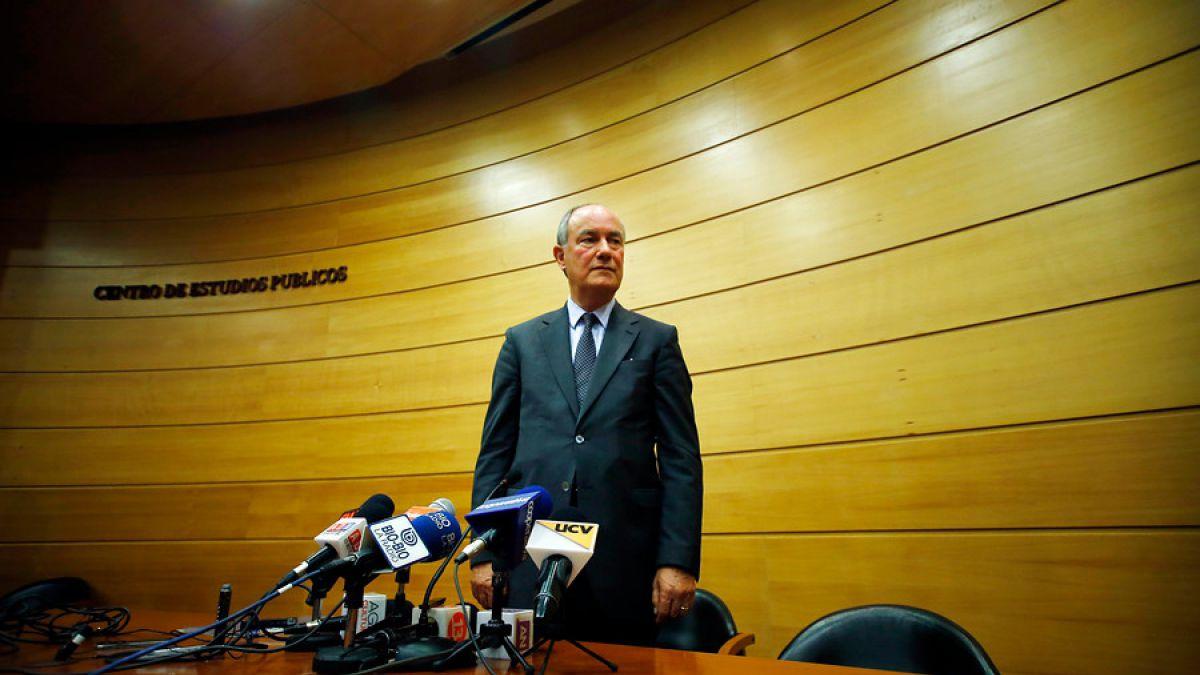 Eliodoro Matte deja presidencia del CEP y asume Enrique Barros