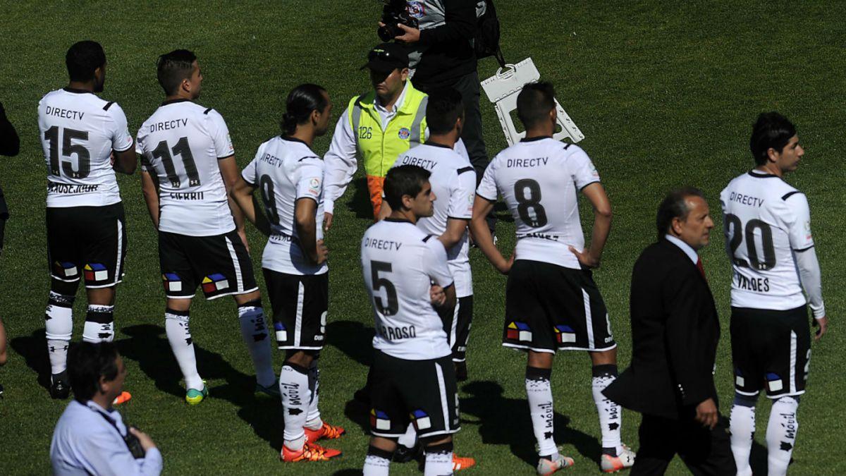 [EN VIVO Tele13 Radio] Se suspende duelo entre Wanderers y Colo Colo por disturbios de hinchas