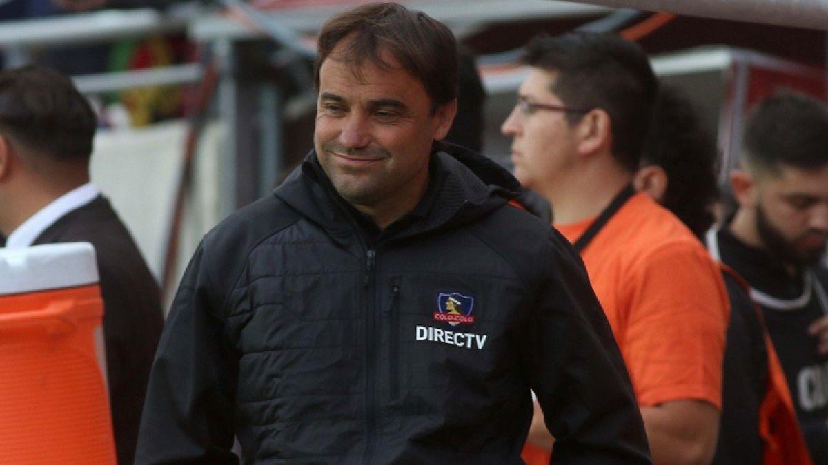 José Luis Sierra se inscribe en la selecta lista de técnicos campeones con Colo Colo