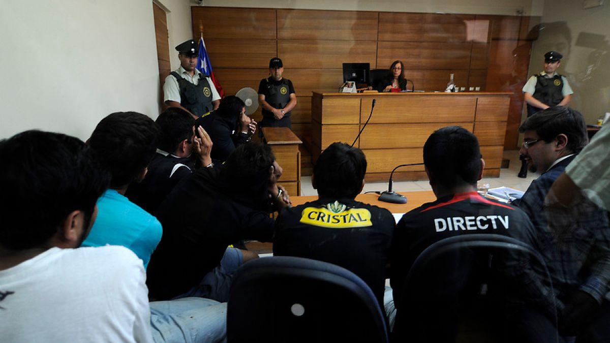 Detenidos por incidentes en partido Wanderers-Colo Colo quedan en libertad