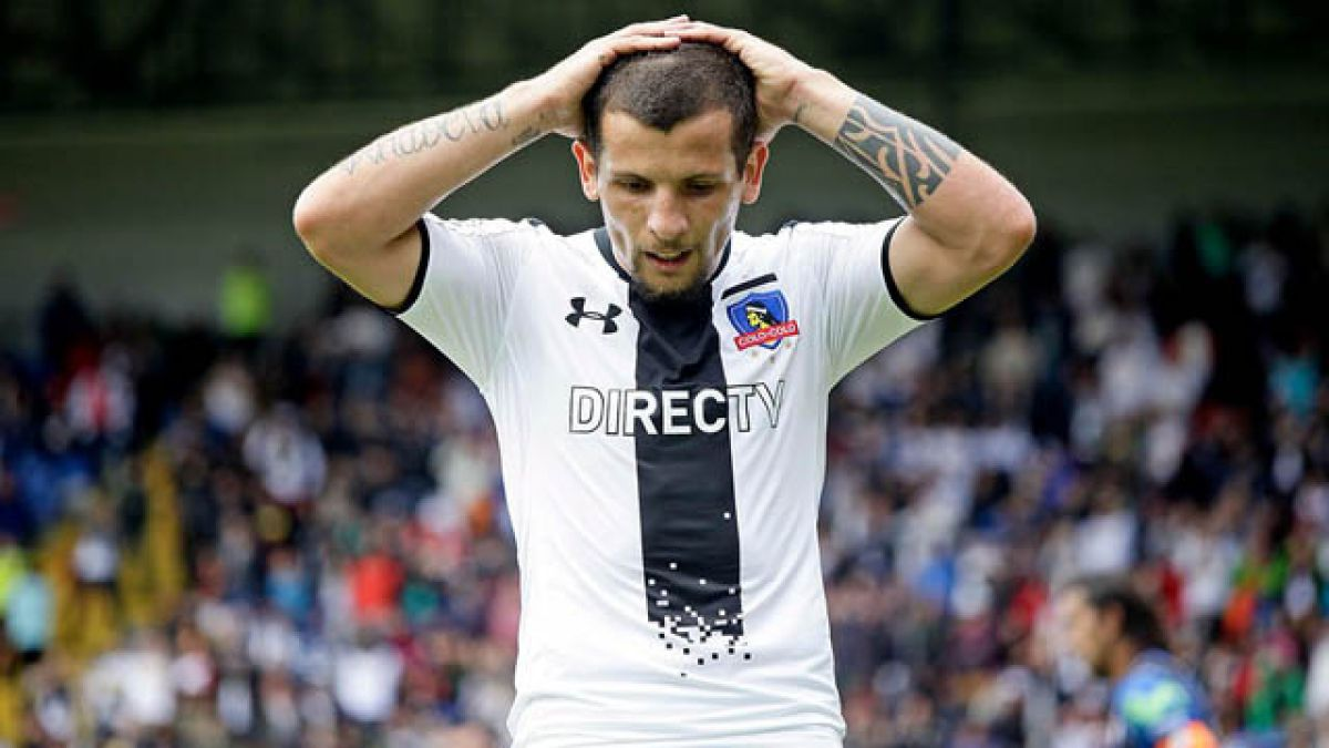Los nombres que suenan en Colo Colo para reemplazar a Emiliano Vecchio