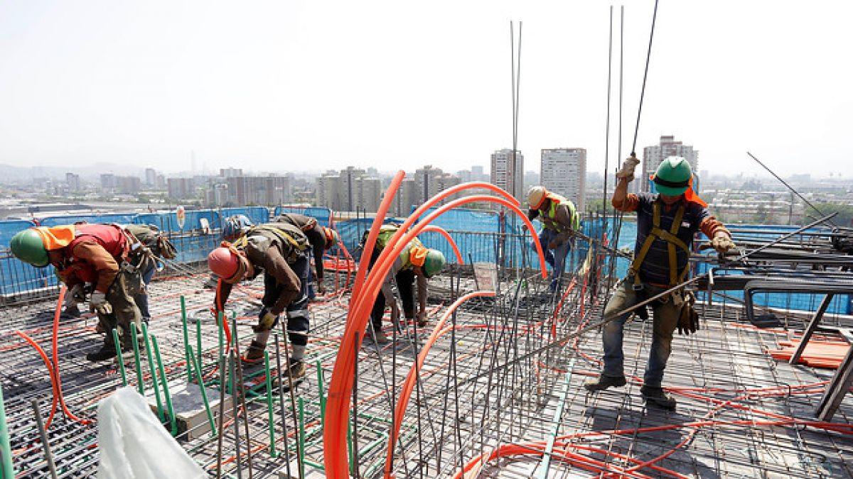 Inversión en construcción cerraría este año con una caída del 0,6% y no crecerá en 2016