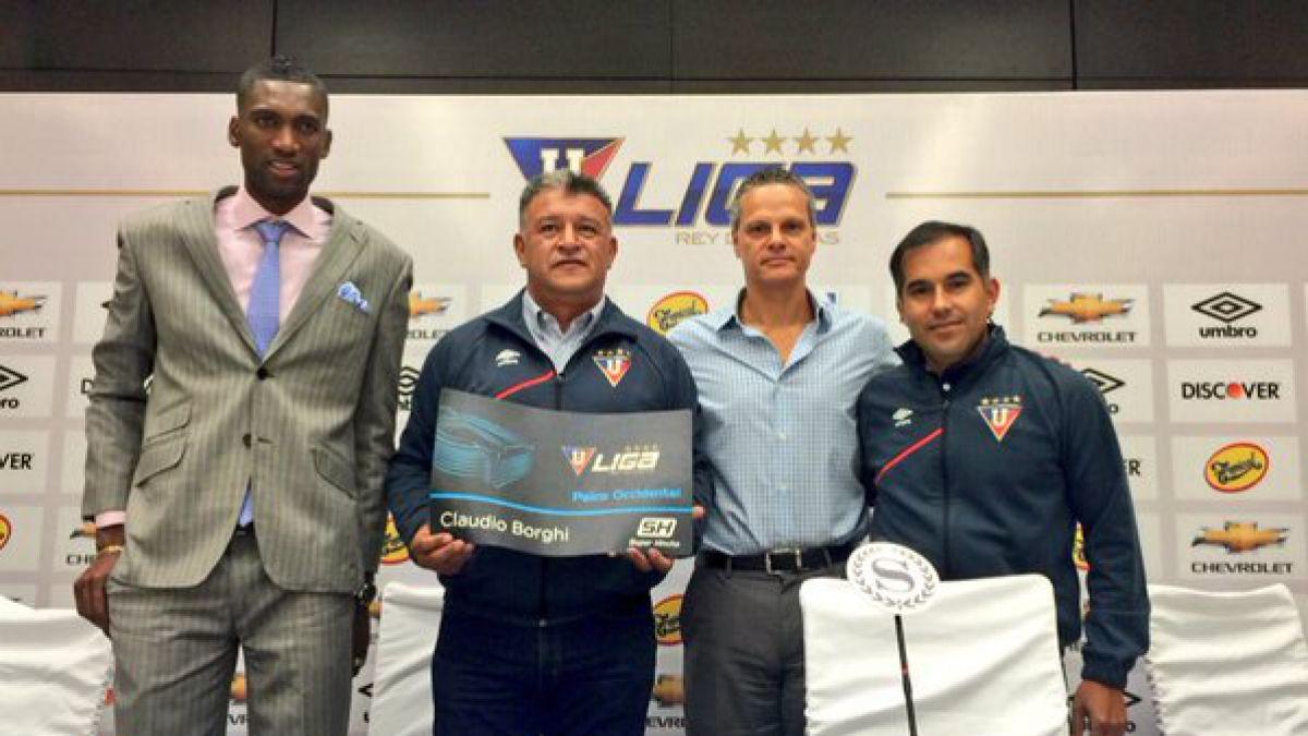 Claudio Borghi es presentado oficialmente como nuevo técnico de Liga de Quito