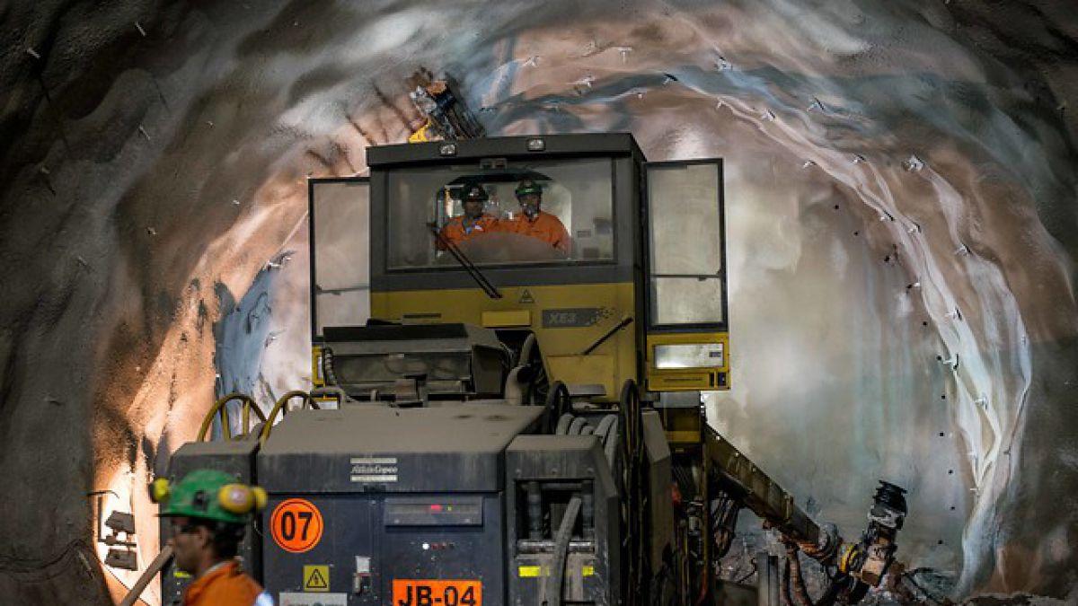 Céspedes: El gasto puede verse afectado si la caída del precio del cobre es más permanente