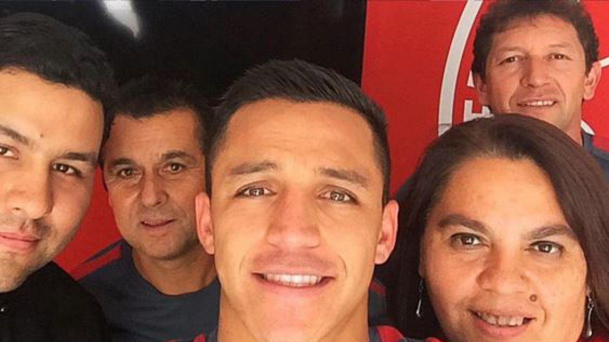 El noble saludo de Alexis Sánchez a quienes lo cuidaron por su lesión