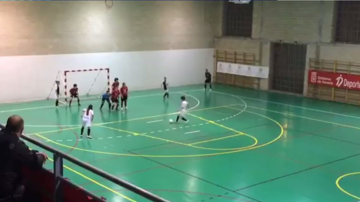 [VIDEO] ¡Qué maravilla! El gol imposible del fútsal