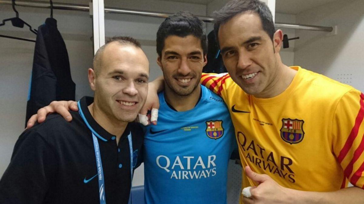 Iniesta celebra junto a Bravo y Suárez el paso a la final del Mundial de Clubes