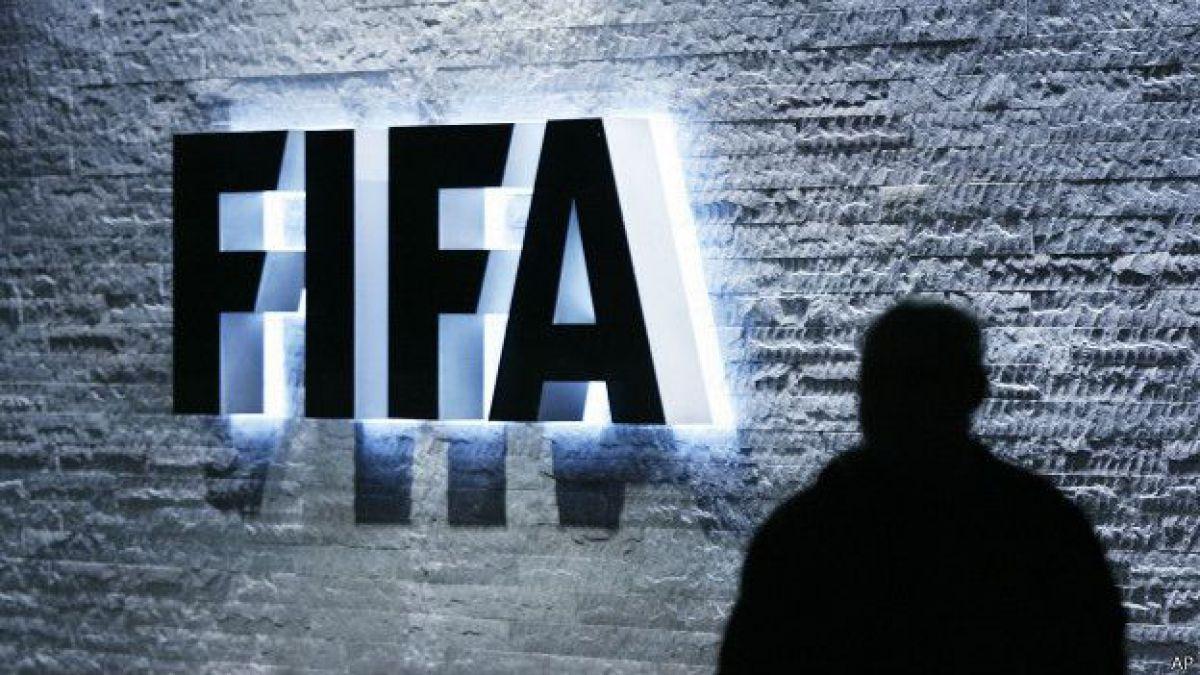 FIFA anuncia que suspende financiamiento a Conmebol y Concacaf