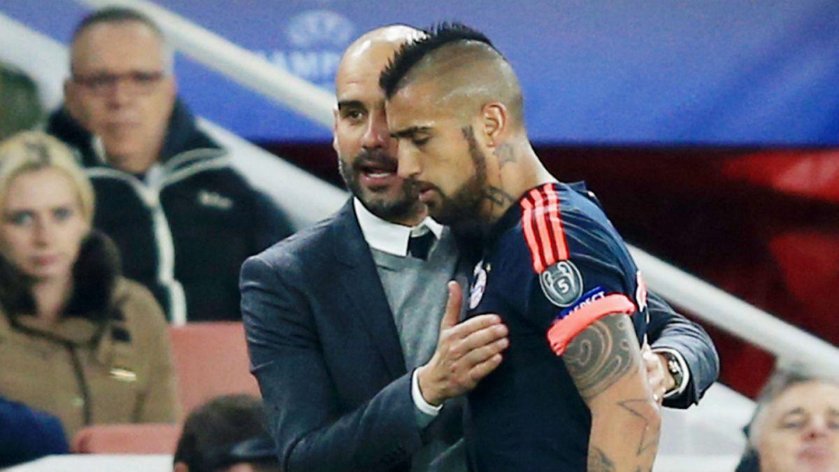 Fichaje de Arturo Vidal sería un factor que detonó salida de Guardiola del Bayern Munich