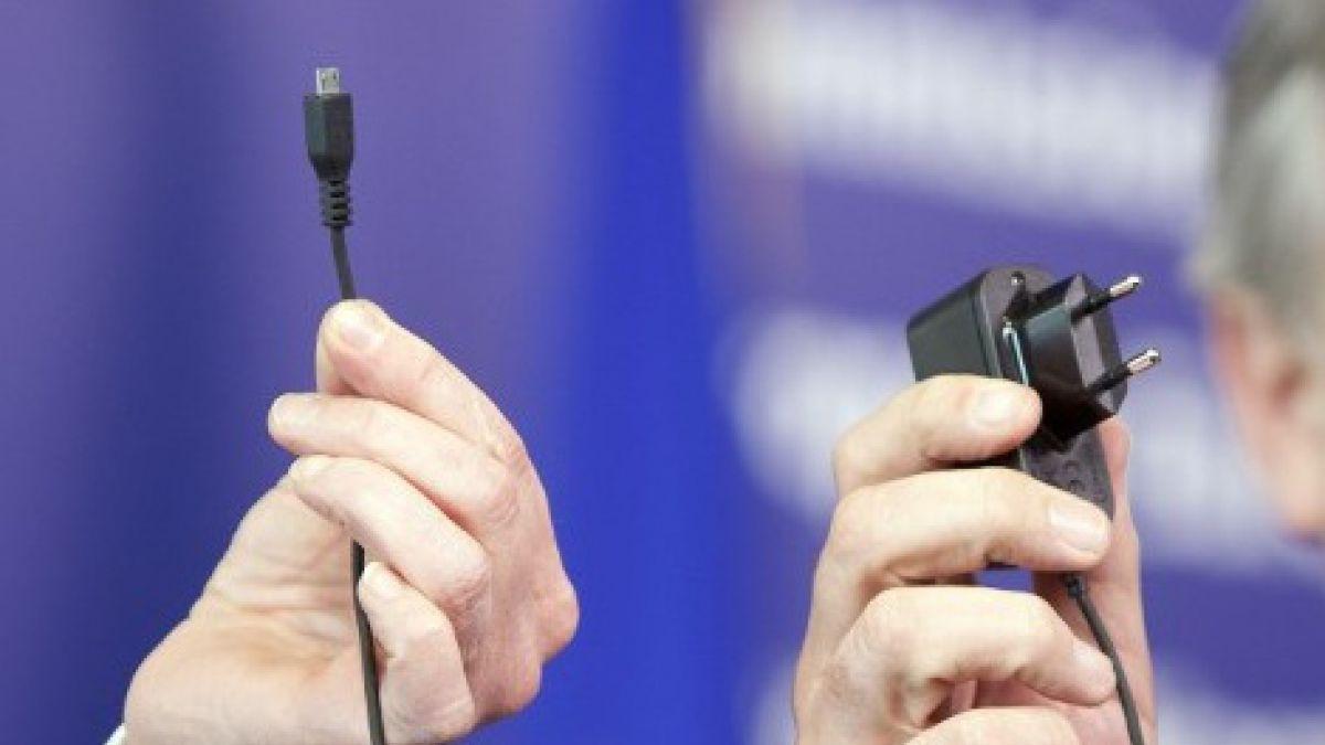 f4405ef49be El plan que podría permitir un cargador universal para los teléfonos  celulares