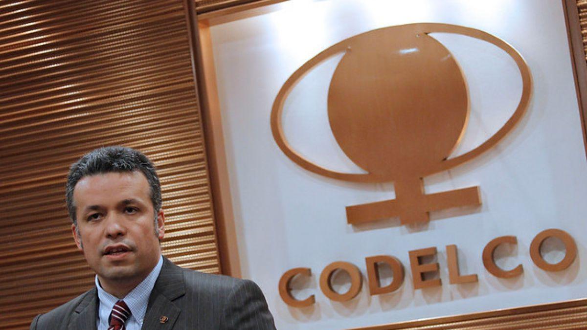 Oscar Landerretche: Al menos por dos años más tendremos un exceso de oferta de cobre