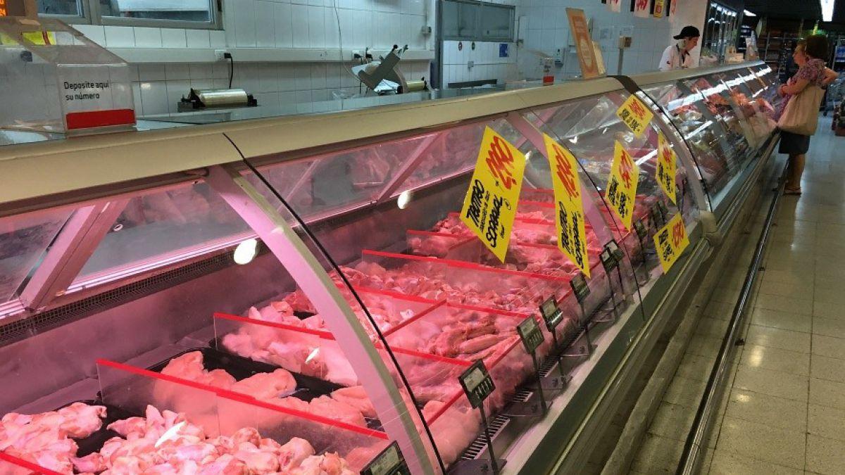 """""""OK, subo todos los precios ahora mismo"""": Los correos de la colusión de pollos en supermercados"""
