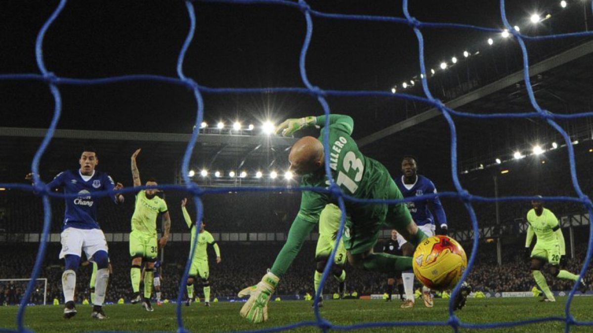 Pellegrini sufre nuevo revés con el City al caer en semis de la Copa de la Liga