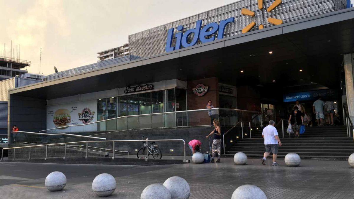 Ex director de DyS rechaza acusación de la FNE por colusión de supermercados