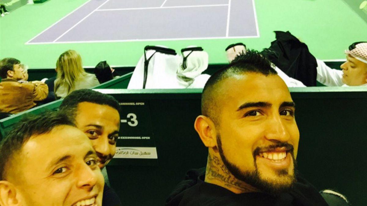 [FOTOS] Arturo Vidal junto a compañeros del Bayern presencian triunfo de Djokovic sobre Nadal