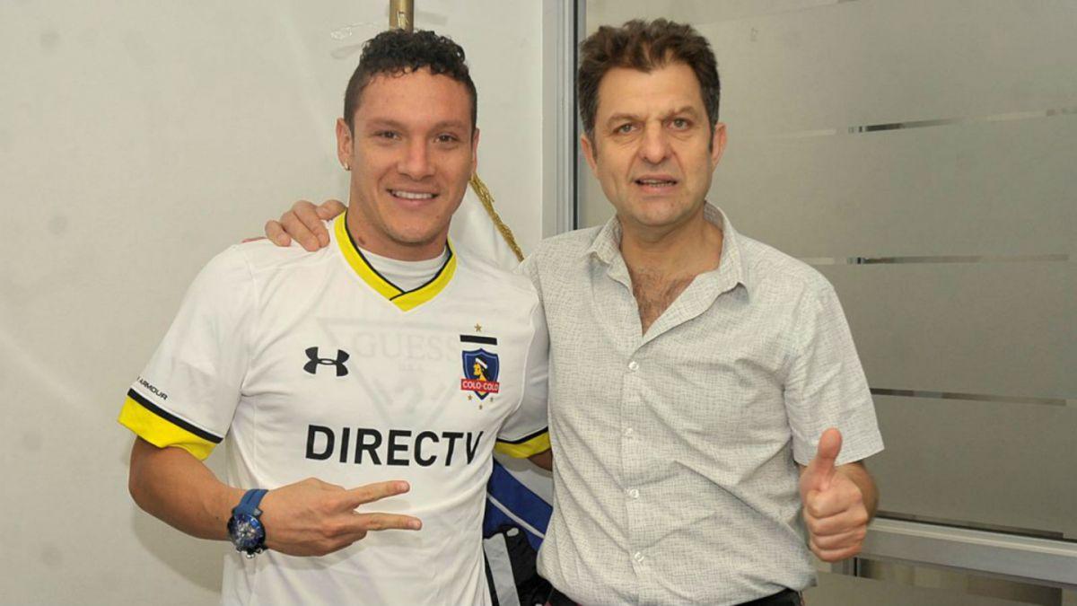 Colo Colo oficializa a colombiano Javier Reina como su primer refuerzo del 2016
