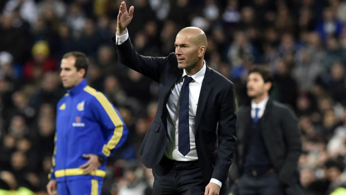 Triunfal debut: Zidane se estrena en el banco del Real Madrid con goleada ante La Coruña