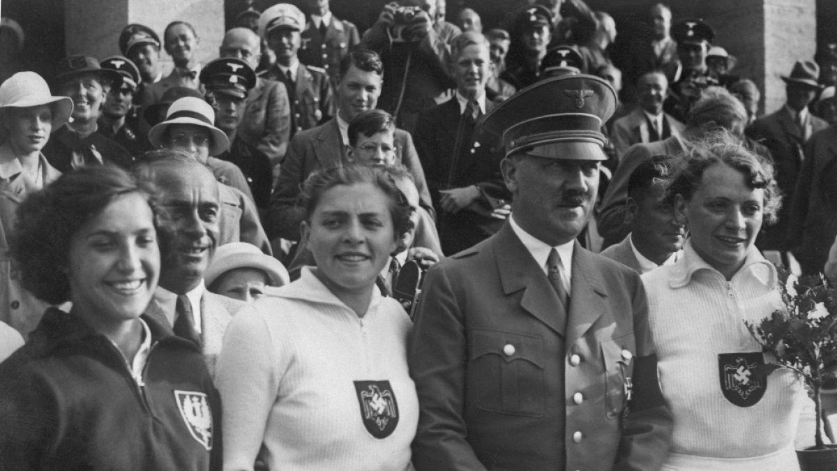 Veterano de la CIA asegura que Hitler fingió su muerte y que escapó de Alemania a España