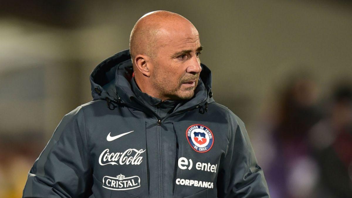 Sampaoli advierte sobre recambio generacional y destaca cualidades del futbolista chileno