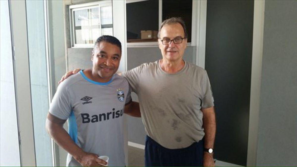 Marcelo Bielsa visita instalaciones de Gremio en Brasil