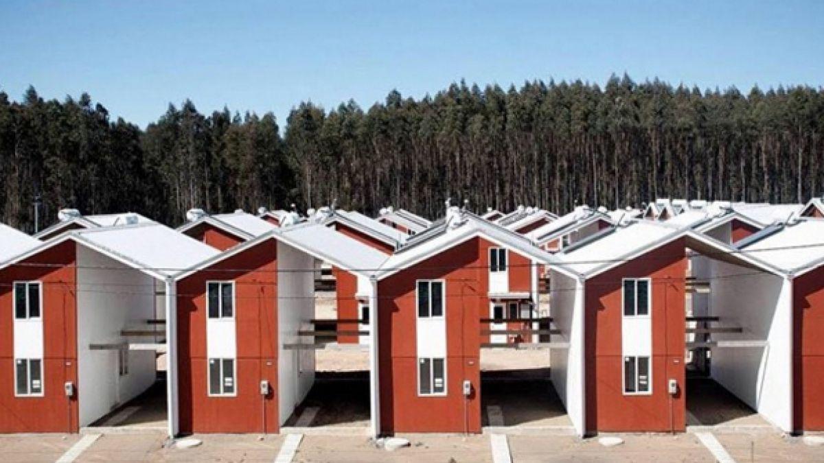 El trabajo de alejandro aravena ganador del premio for Cost to build a house in alabama