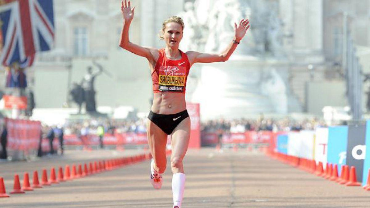 La atleta rusa Liliya Shobukhova ha sido investigada por pagar para que la retiren de la lista de corredores sospechosos.